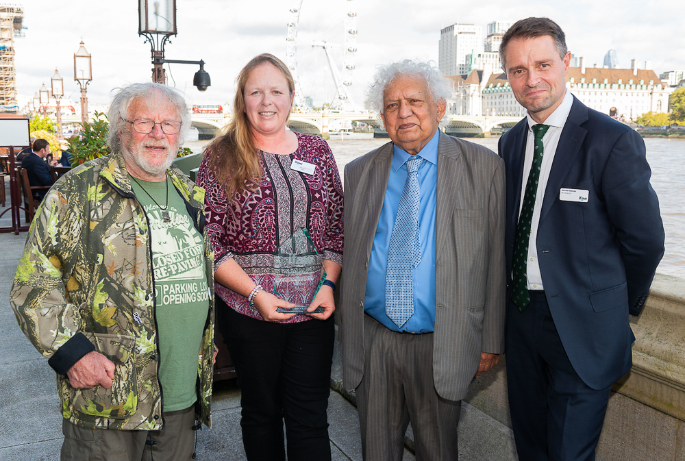 Our Founder, Elisa Best receives IFAW Vet of the Year award at House of Lords